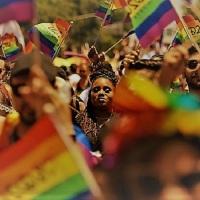 La encuesta más grande de la historia expone obstáculos profesionales para los científicos LGBTQ